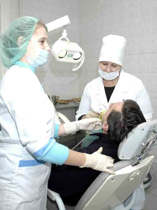 департамент здравоохранения хабаровск требуется челюстной-лицевой хирург